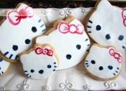 Galletas de Hello Kitty decoradas con fondant