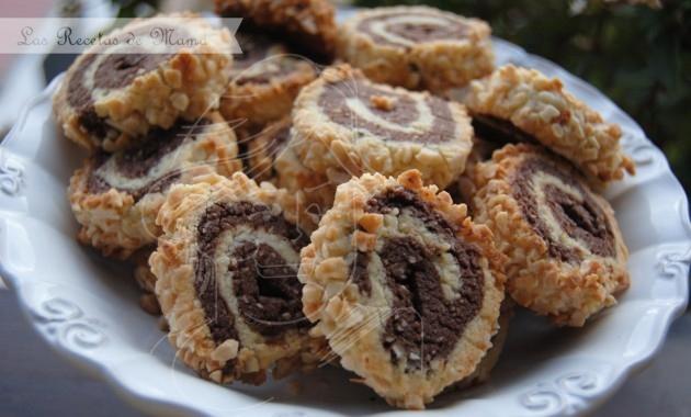 Galletas en espiral de almendra y chocolate