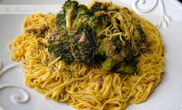 Pasta con brócoli y anchoas