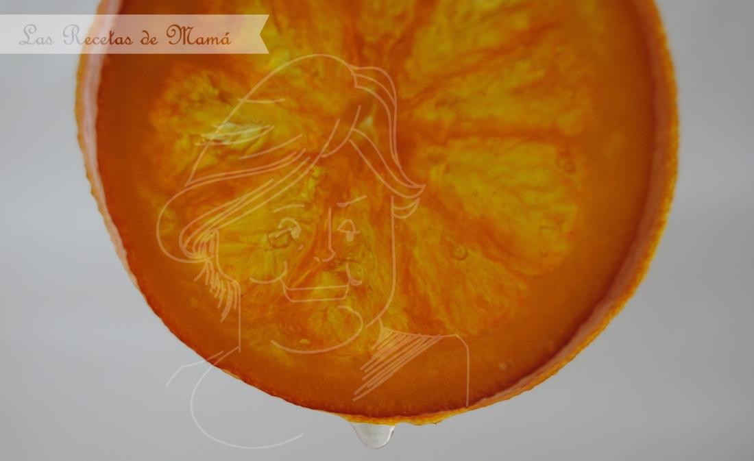 Naranjas en almíbar bañadas en chocolate