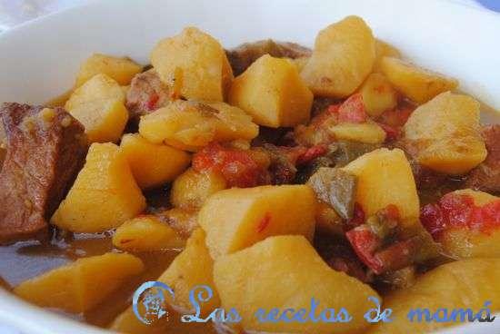 Cazuela de lomo con patatas