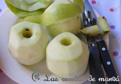 Tarta de manzana y croissants
