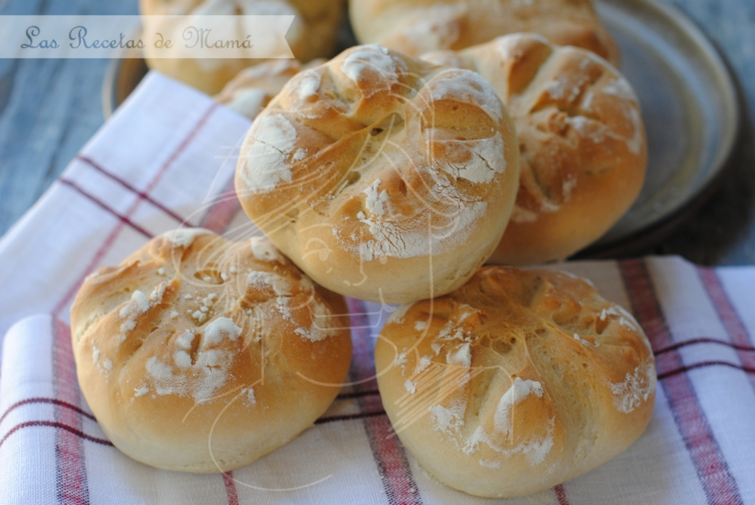 Panecillos de mantequilla tostada