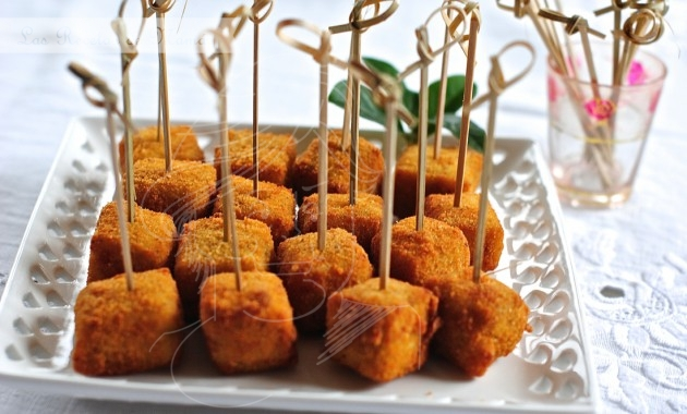 Croquetas de queso Stilton en dados