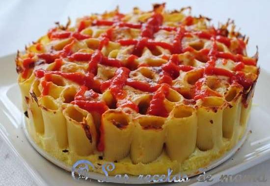 Tarta salada de pasta y queso