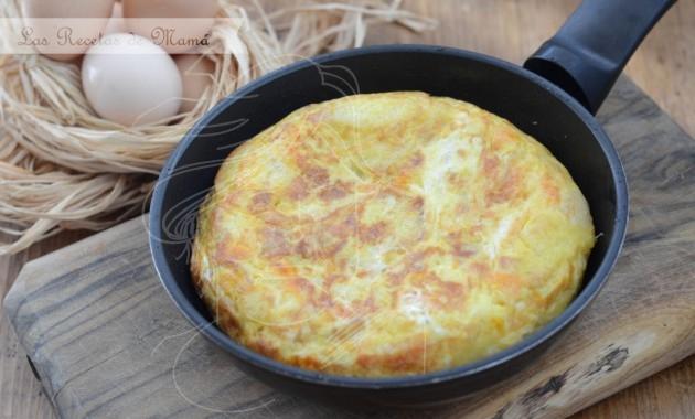 Tortilla de patatas con… cebolla y calabaza
