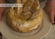 Fondue de queso en hogaza de pan. Video receta.