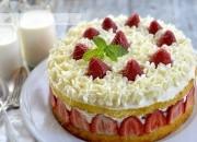 Tarta de fresas, nata y Mascarpone. Video receta.
