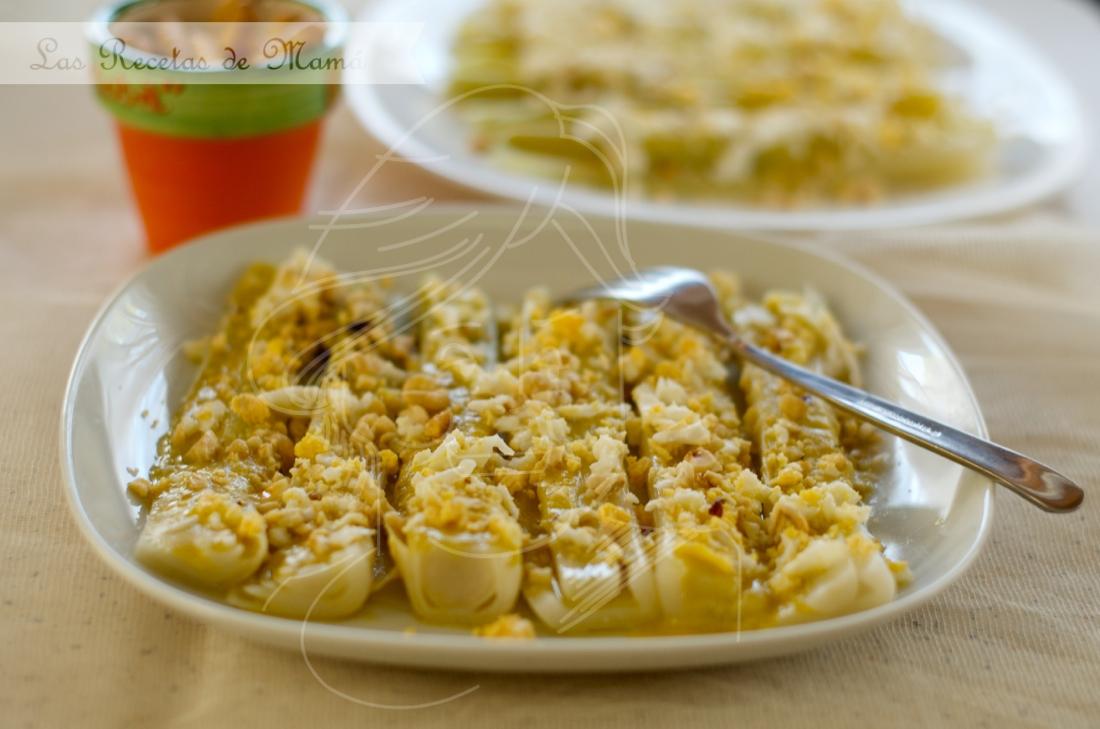 Ensalada de puerros con vinagreta de avellanas