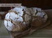 Hogaza de pan con costra