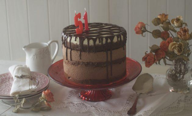 Tarta mousse 3 chocolates. Video receta