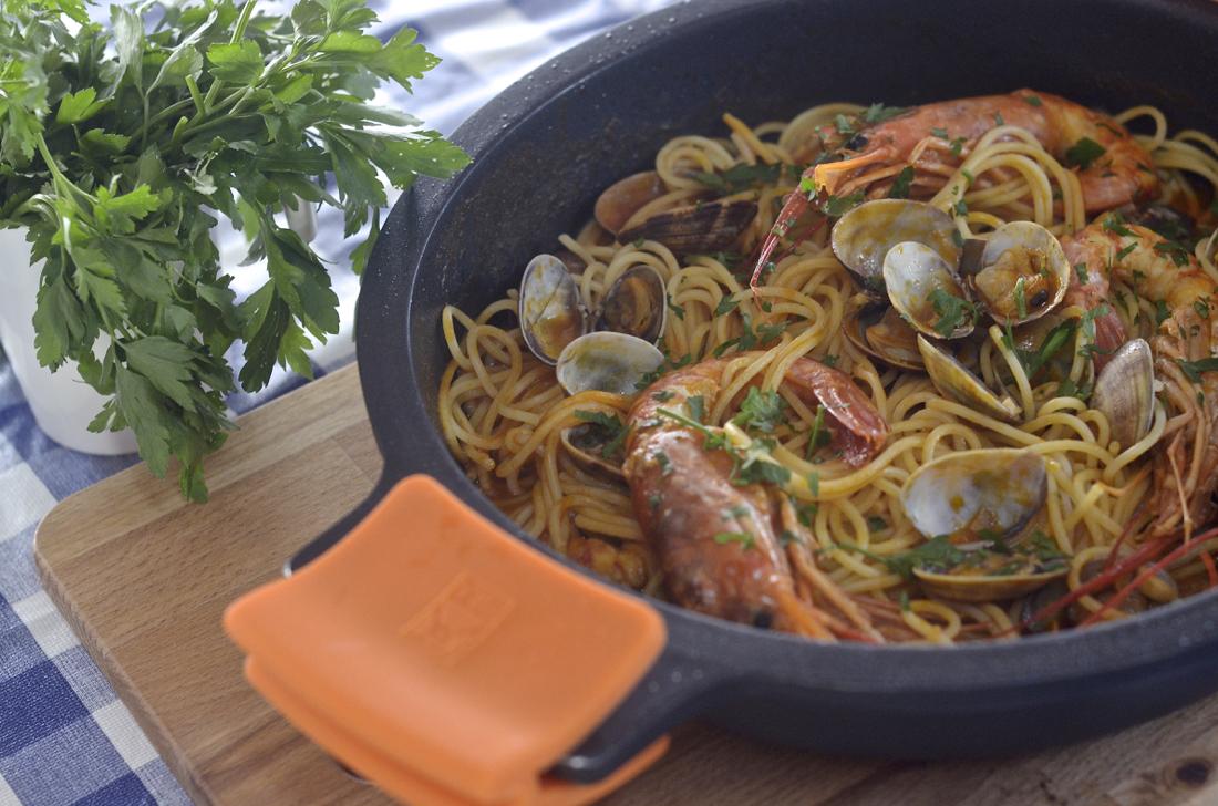 Espaguetis «frutti di mare». Video receta