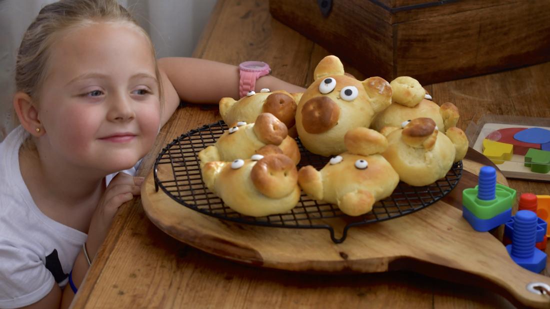 Cerditos de pan de leche. Video receta